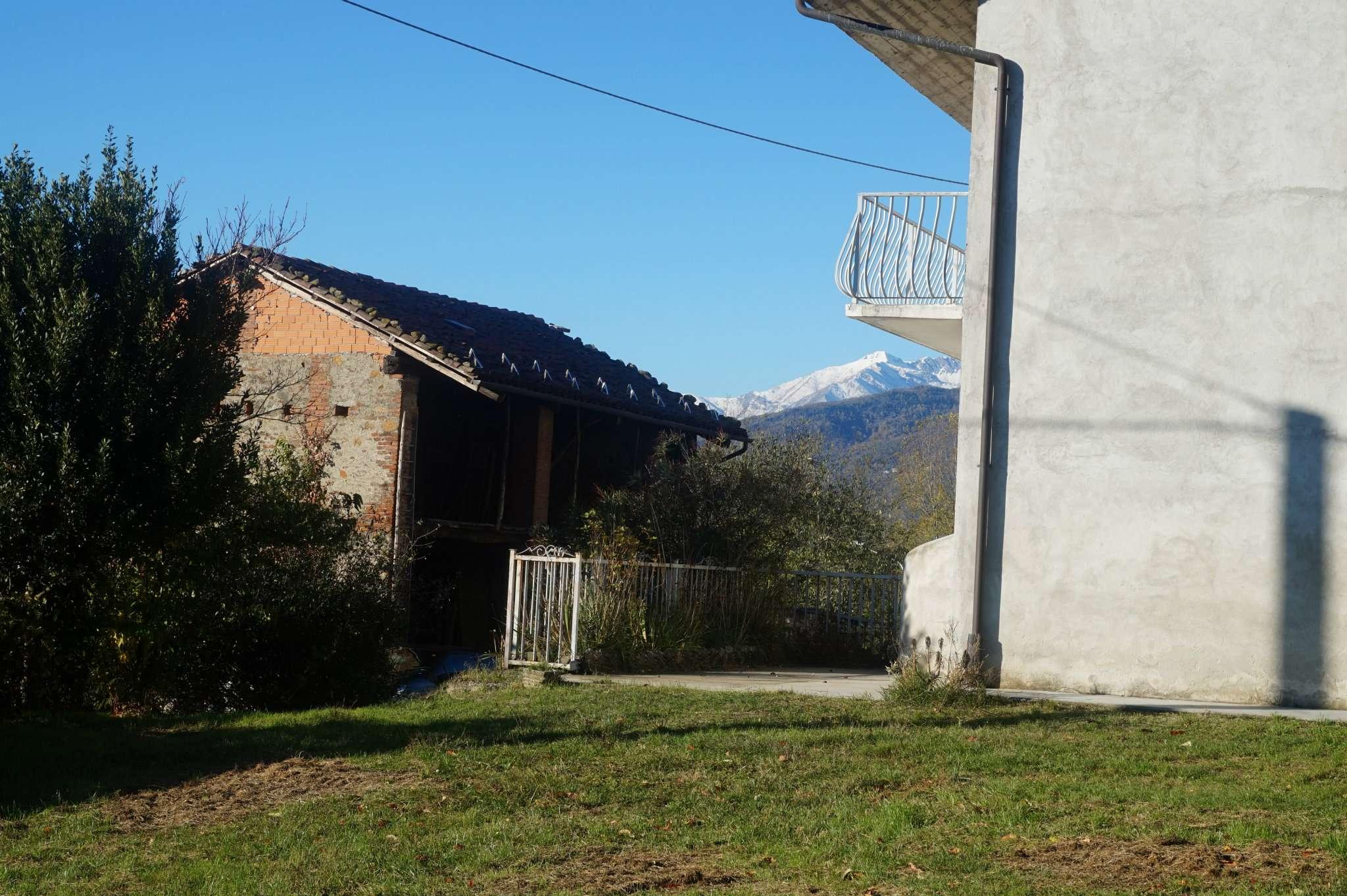 Rustico / Casale in vendita a Almese, 4 locali, prezzo € 175.000   Cambio Casa.it