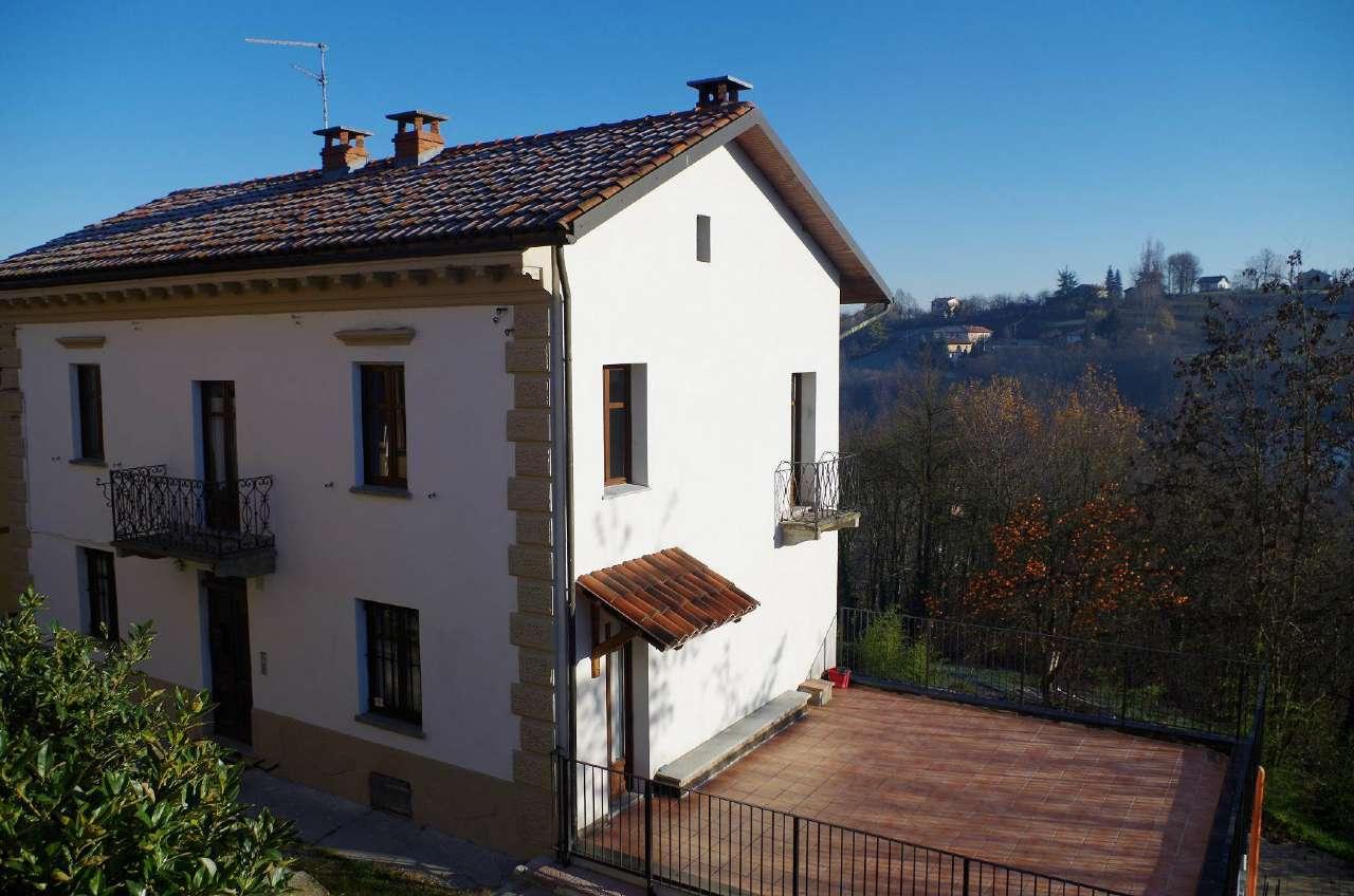 Soluzione Indipendente in vendita a Ferrere, 8 locali, prezzo € 189.000 | Cambio Casa.it
