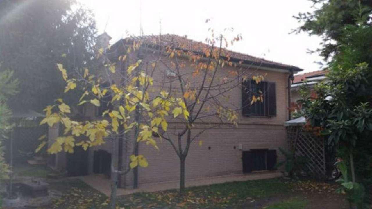 Villa in vendita a Paderno Dugnano, 3 locali, prezzo € 400.000 | Cambio Casa.it