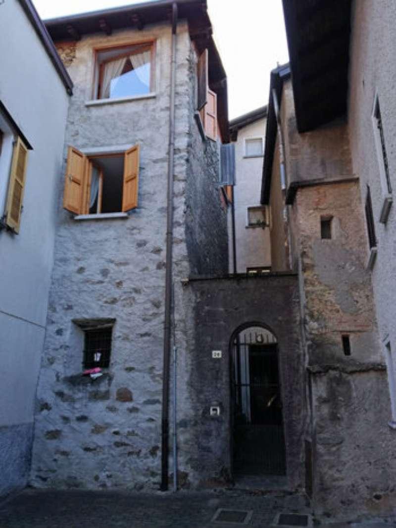 Appartamento in vendita a Taceno, 3 locali, prezzo € 70.000 | Cambio Casa.it