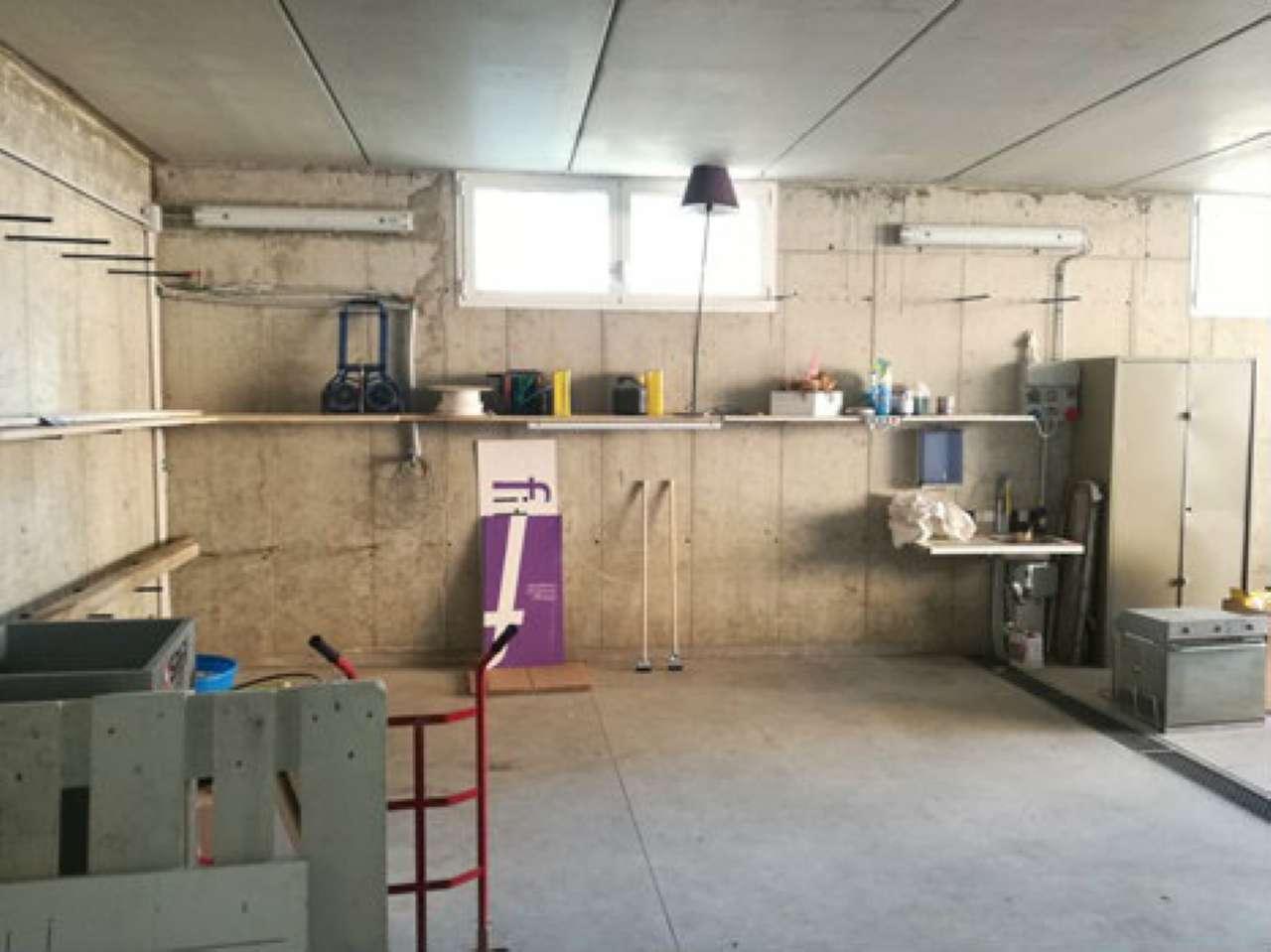Magazzino in affitto a Paderno Dugnano, 1 locali, prezzo € 500 | Cambio Casa.it