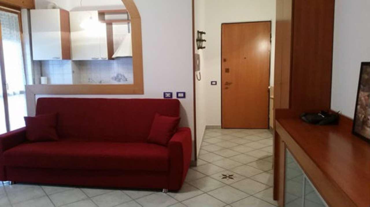 Appartamento in affitto a Bresso, 2 locali, prezzo € 500   Cambio Casa.it