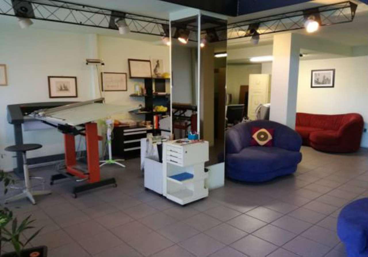 Negozio / Locale in vendita a Cinisello Balsamo, 1 locali, prezzo € 125.000   Cambio Casa.it