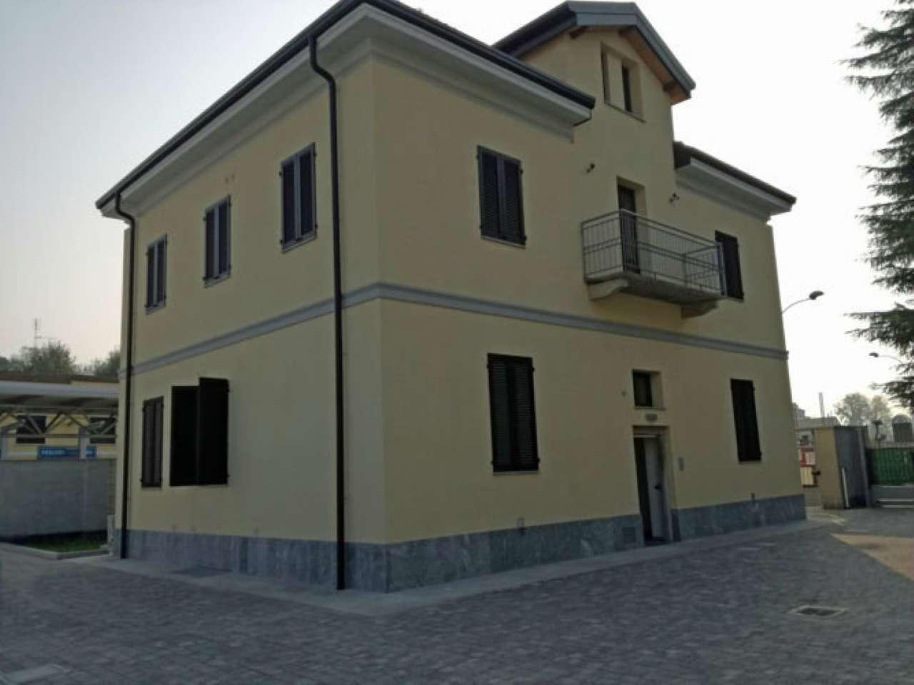 Appartamento in affitto a Paderno Dugnano, 3 locali, prezzo € 600 | CambioCasa.it