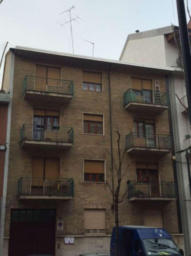 Bilocale Torino Via Breglio 12