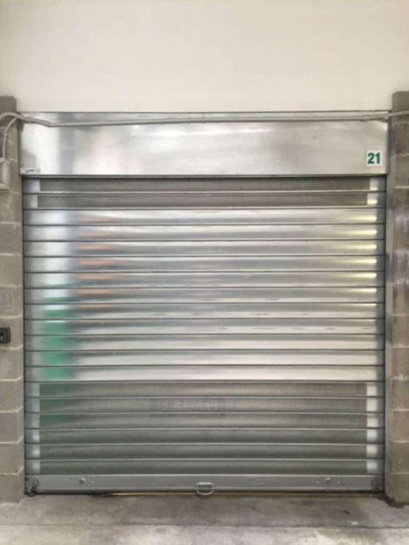 Box / Garage in vendita a Torino, 1 locali, zona Zona: 7 . Santa Rita, prezzo € 15.000 | Cambio Casa.it