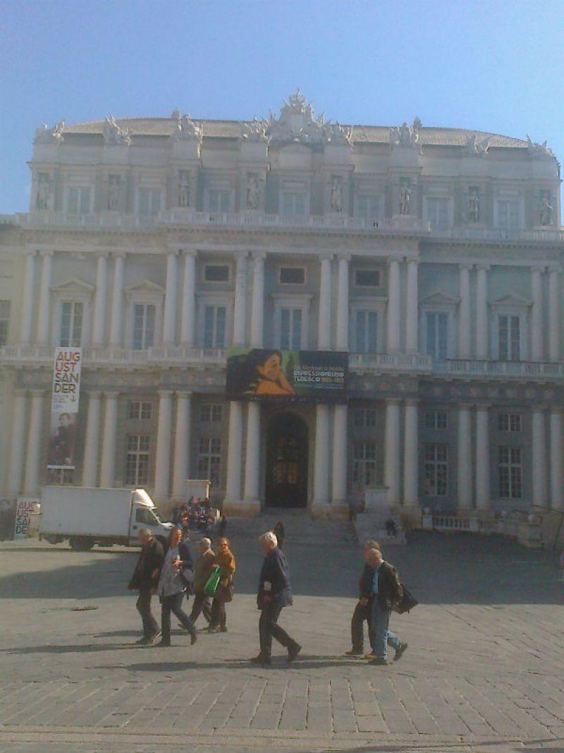 Genova Affitto COMMERCIALI Immagine 0