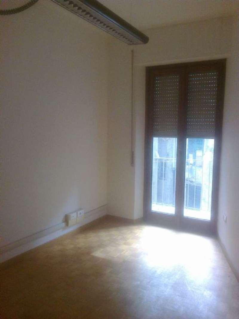 Appartamento in affitto a Genova, 4 locali, prezzo € 600 | Cambio Casa.it