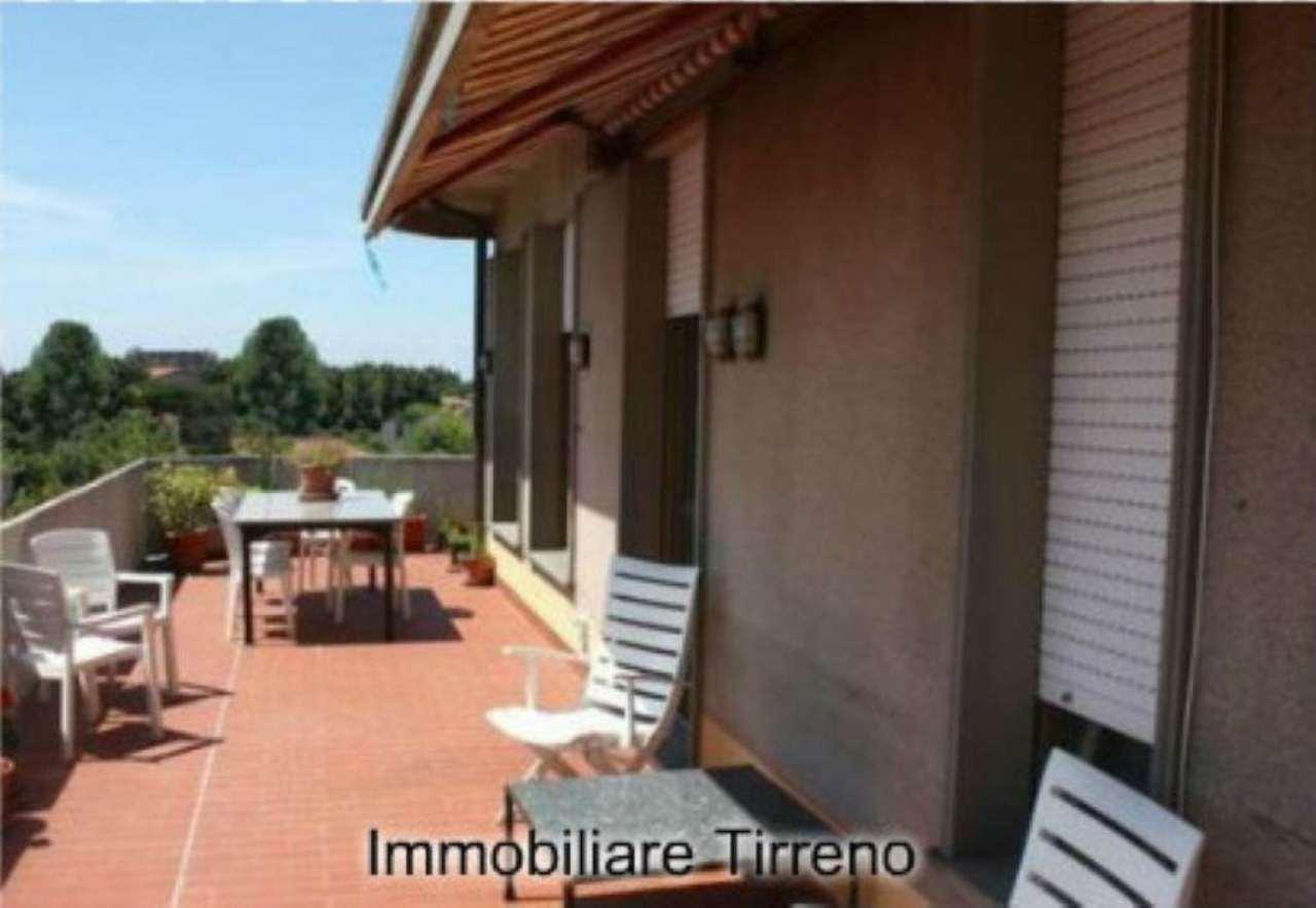 Attico / Mansarda in vendita a Massa, 8 locali, Trattative riservate   Cambio Casa.it