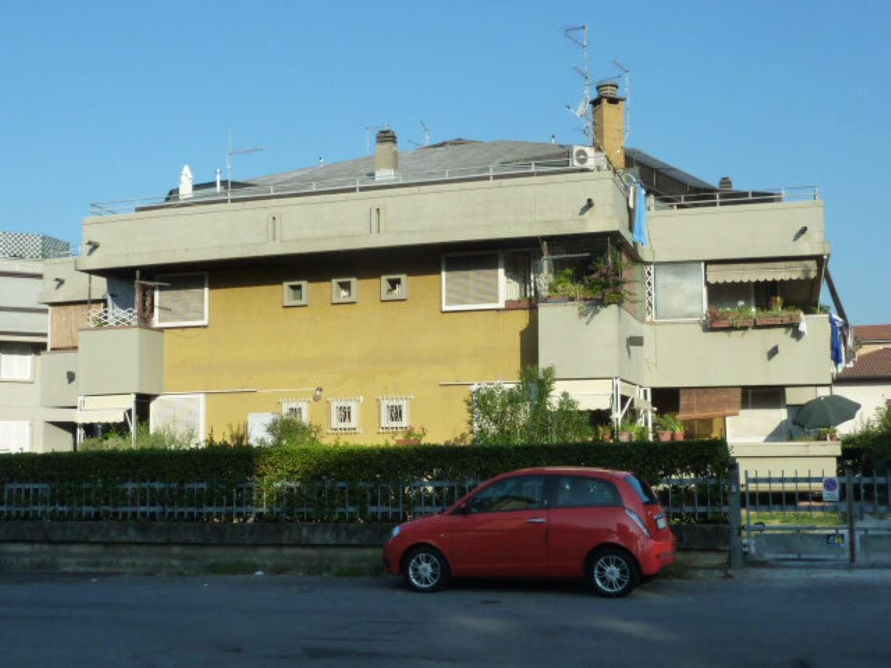 Bilocale Massa Viale Roma 1
