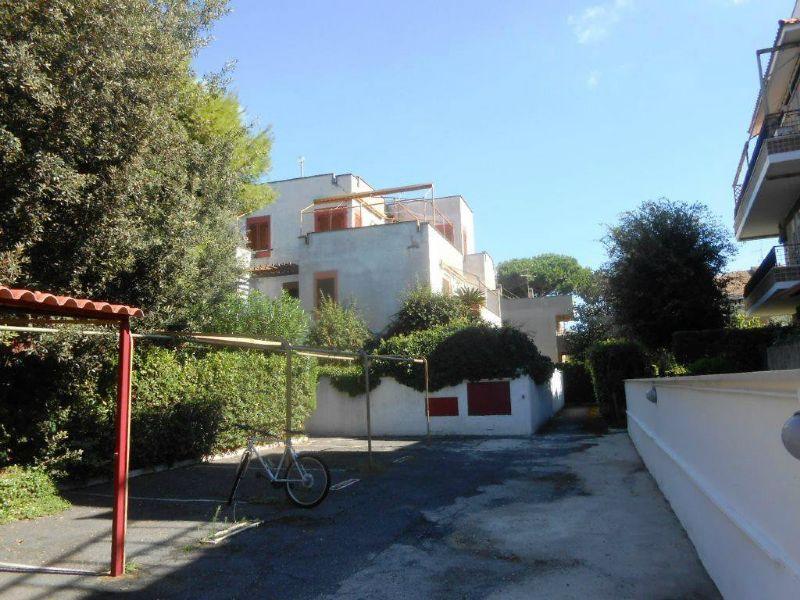 Attico / Mansarda in vendita a Anzio, 3 locali, prezzo € 130.000 | CambioCasa.it