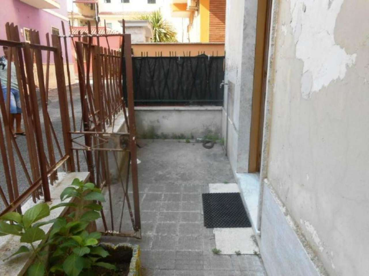 Bilocale Nettuno Via Umbria 3