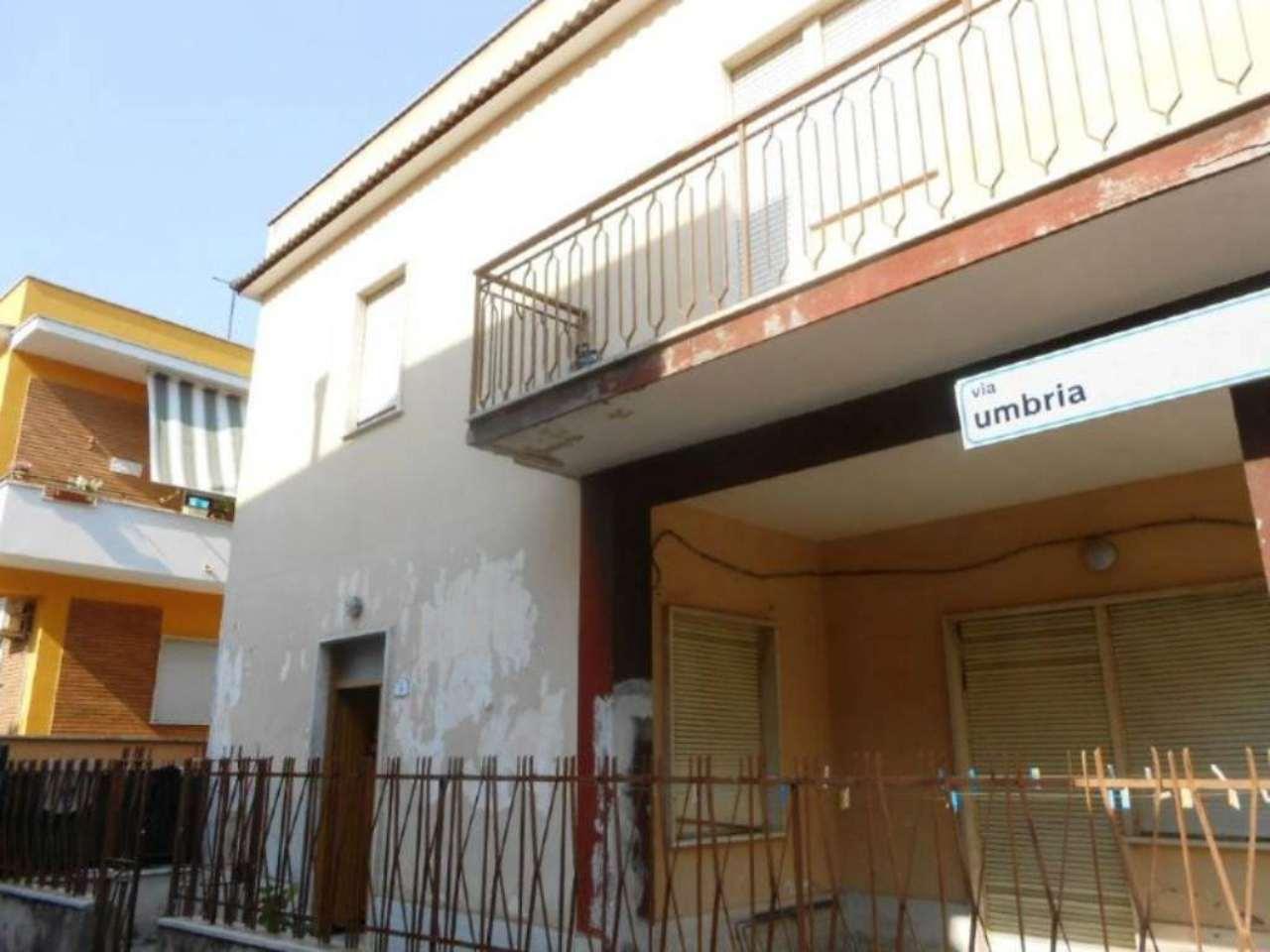 Bilocale Nettuno Via Umbria 5