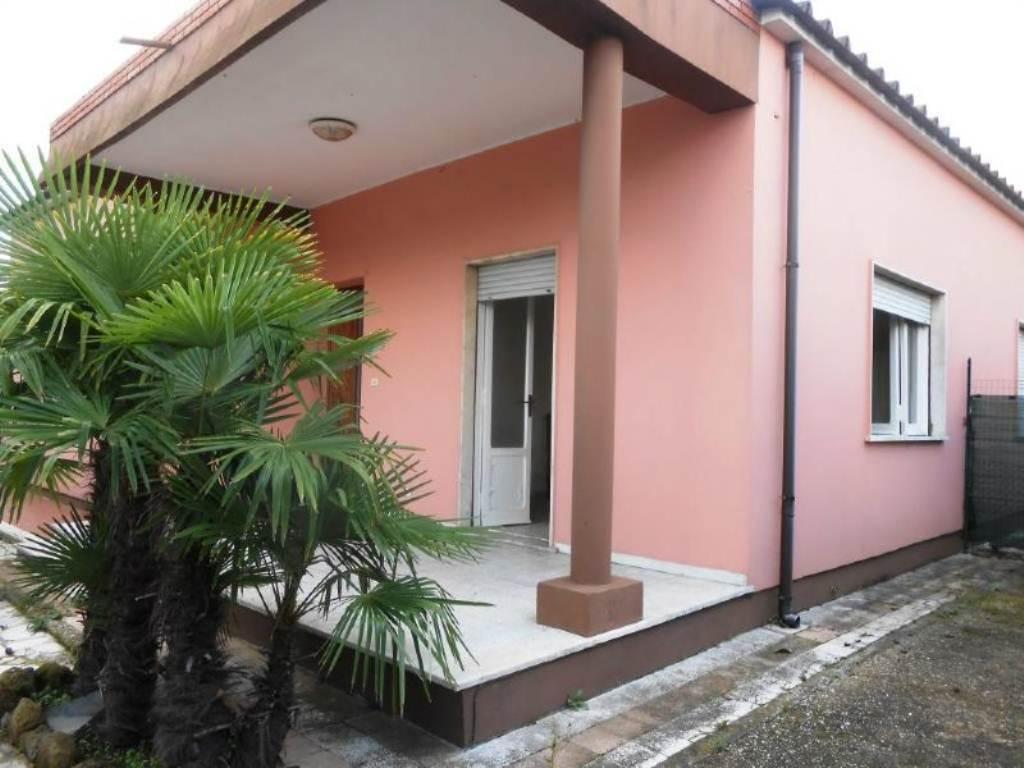 Bilocale Anzio Via Valle Schioia 1