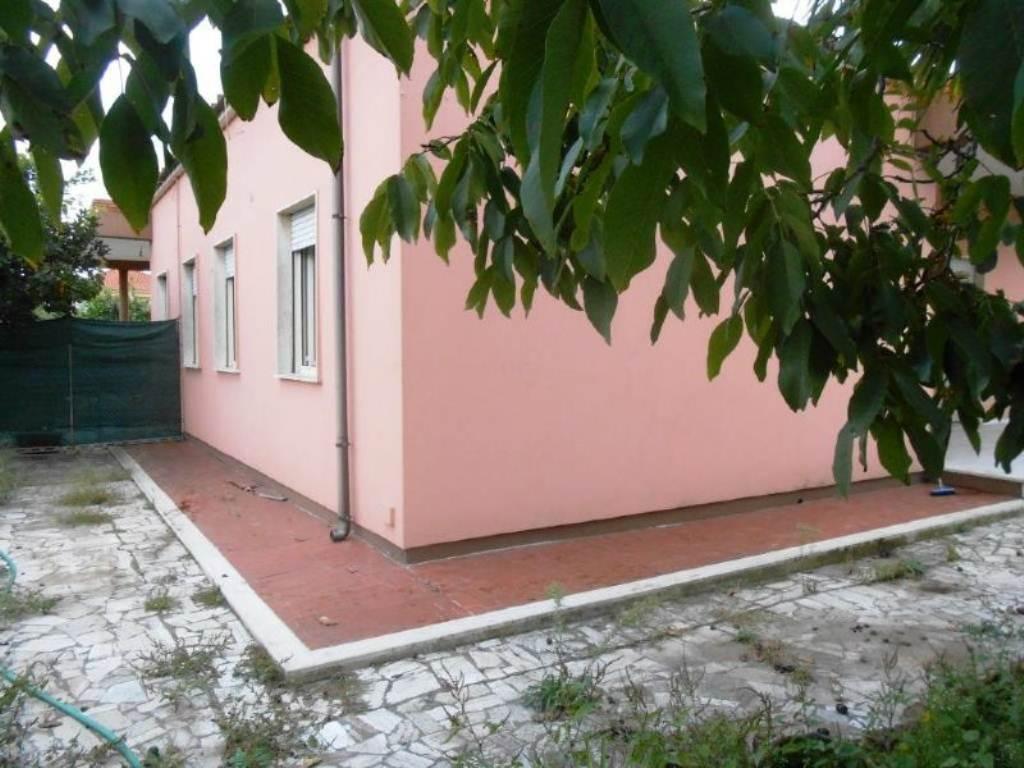 Bilocale Anzio Via Valle Schioia 5