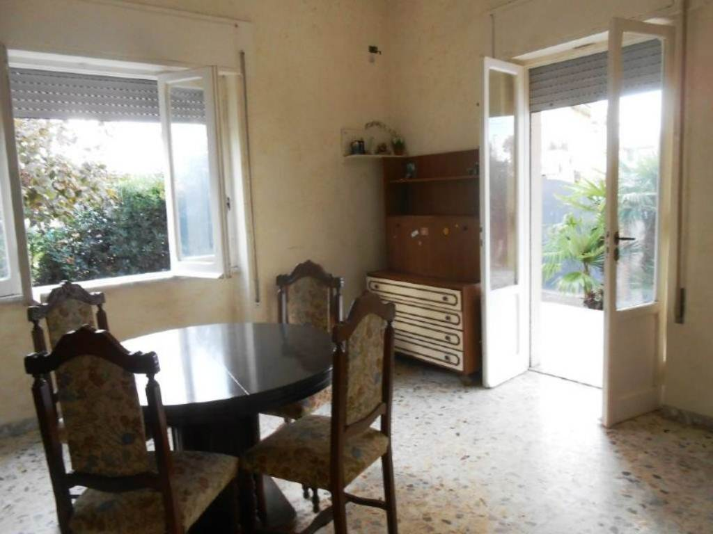 Bilocale Anzio Via Valle Schioia 13