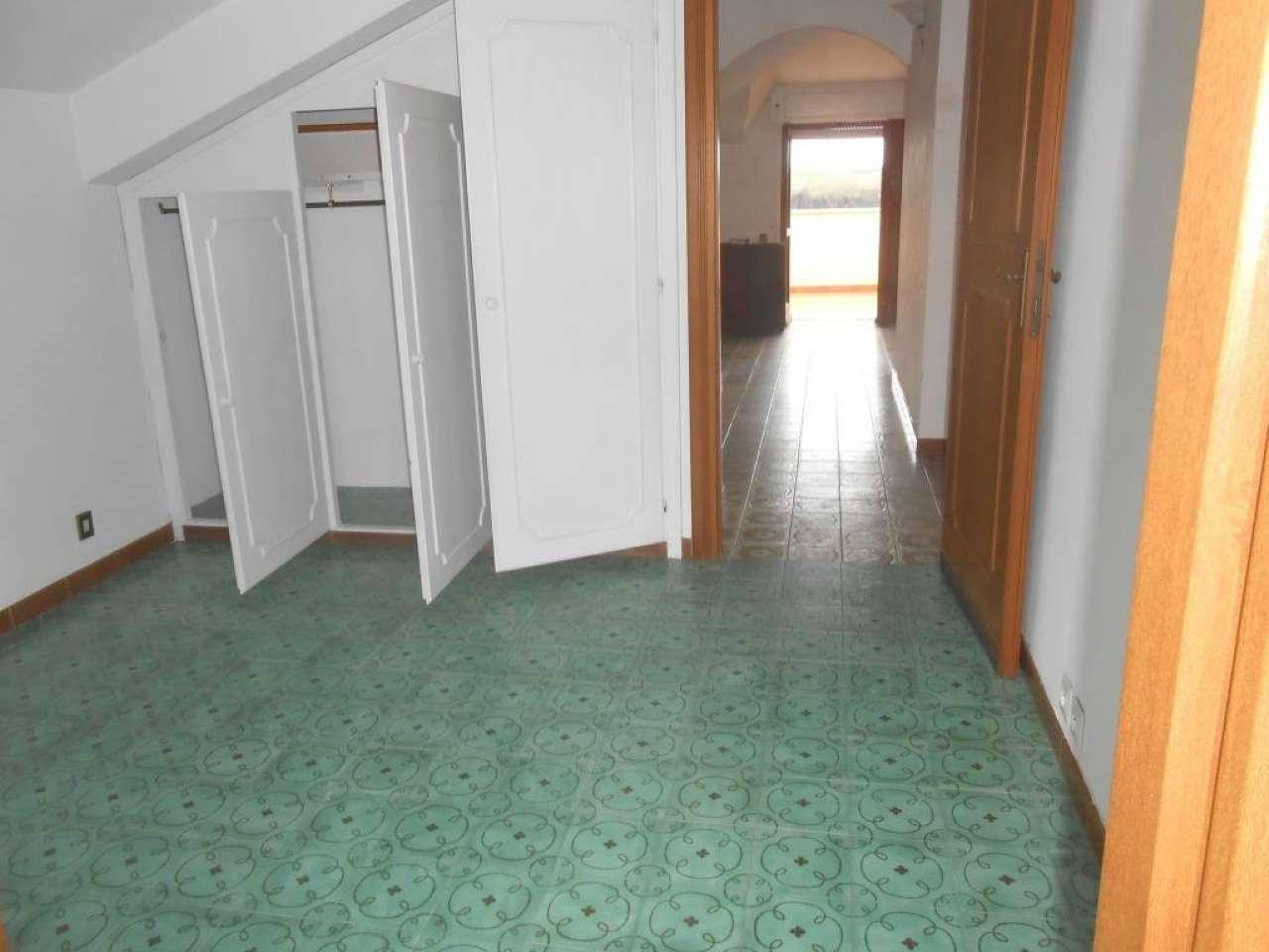Attico / Mansarda in affitto a Anzio, 3 locali, prezzo € 450 | Cambio Casa.it