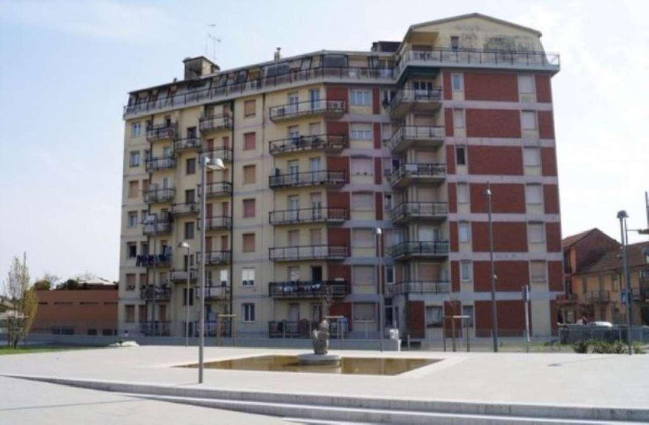 Appartamento in vendita a Sesto Calende, 2 locali, prezzo € 49.000 | Cambio Casa.it