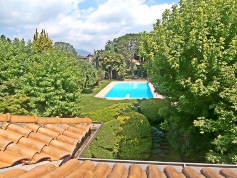 Villa in vendita a Ispra, 6 locali, prezzo € 890.000 | Cambio Casa.it