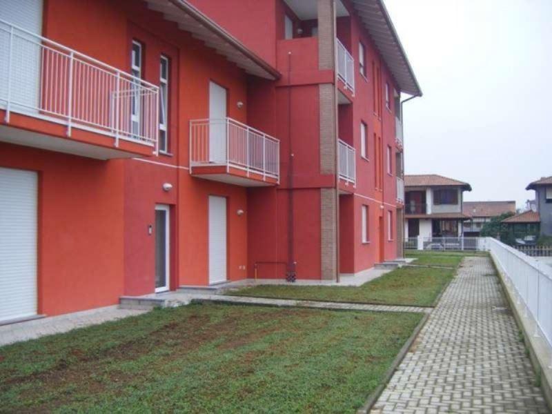 Appartamento in vendita a Borgo Ticino, 2 locali, prezzo € 120.000 | Cambio Casa.it
