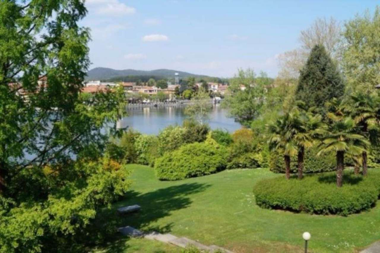 Appartamento in affitto a Castelletto Sopra Ticino, 4 locali, prezzo € 1.200 | Cambio Casa.it