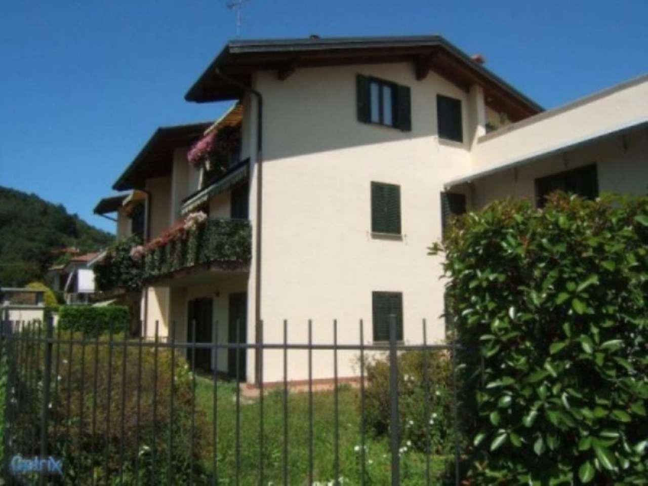 Attico / Mansarda in vendita a Sesto Calende, 3 locali, prezzo € 160.000 | Cambio Casa.it