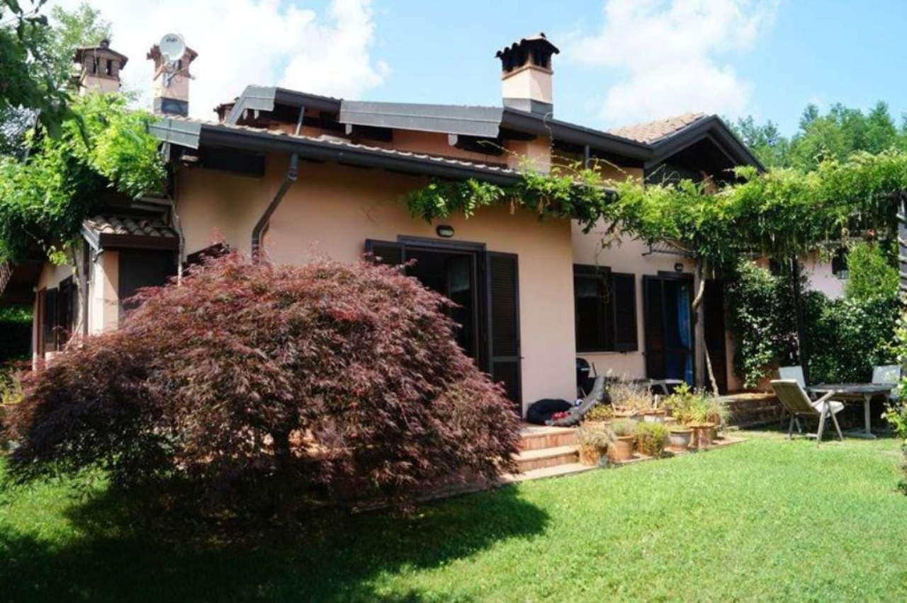 Villa in vendita a Castelletto Sopra Ticino, 4 locali, prezzo € 350.000 | Cambio Casa.it