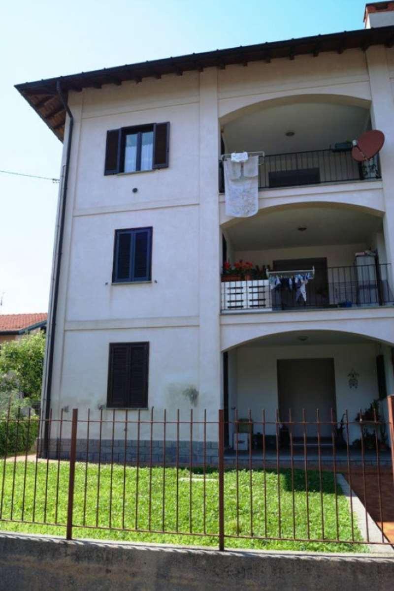 Appartamento in vendita a Ispra, 2 locali, prezzo € 119.000 | Cambio Casa.it