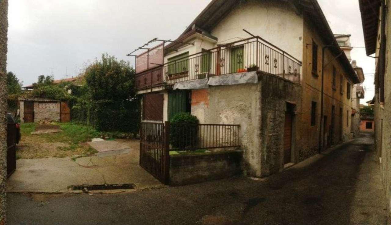 Rustico / Casale in vendita a Castelletto Sopra Ticino, 6 locali, prezzo € 86.000 | CambioCasa.it