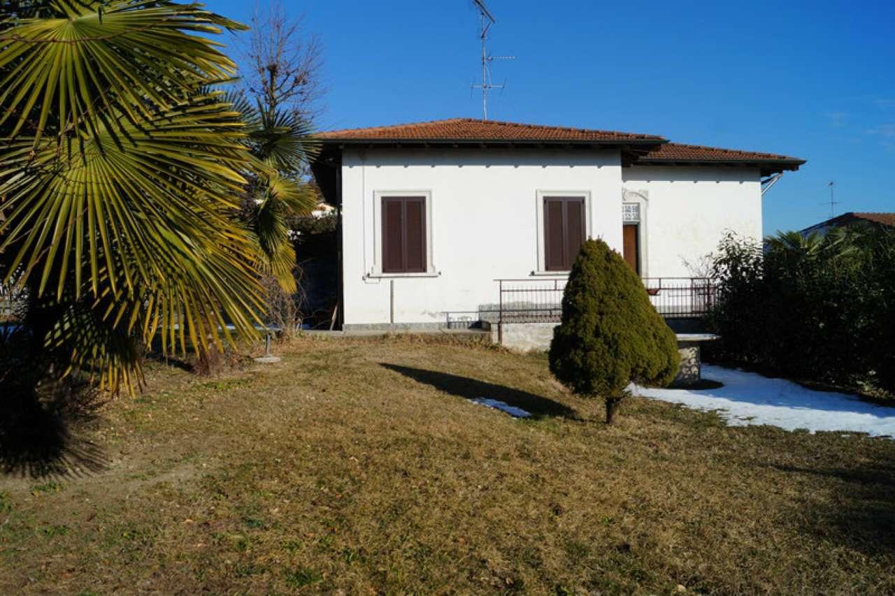 Soluzione Indipendente in affitto a Golasecca, 3 locali, prezzo € 600 | Cambio Casa.it