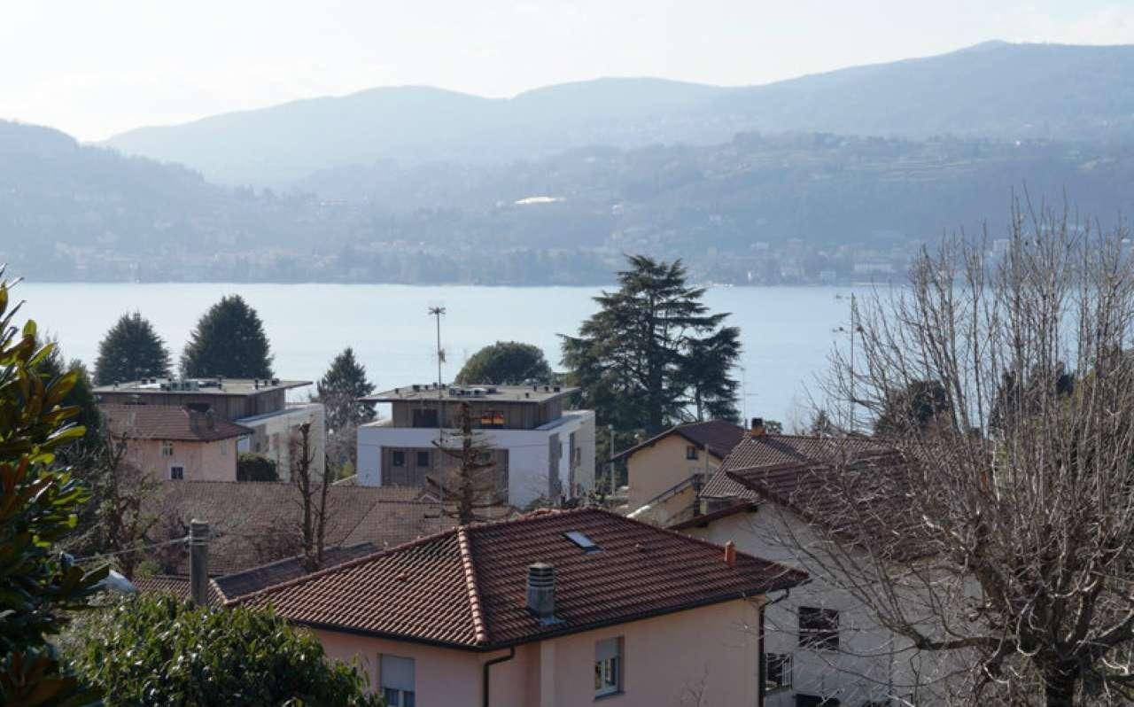 Appartamento in vendita a Ranco, 3 locali, prezzo € 140.000 | CambioCasa.it