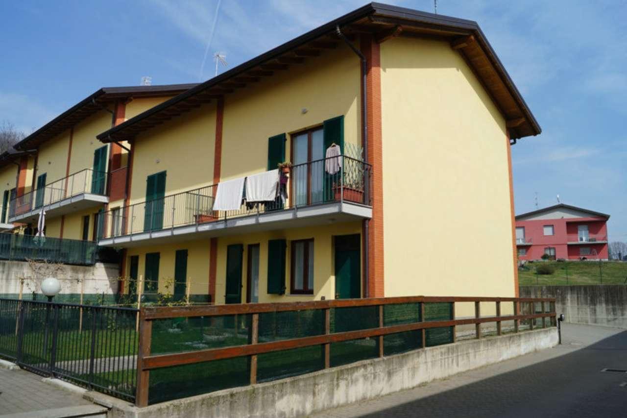 Villa in affitto a Mercallo, 3 locali, prezzo € 585 | Cambio Casa.it
