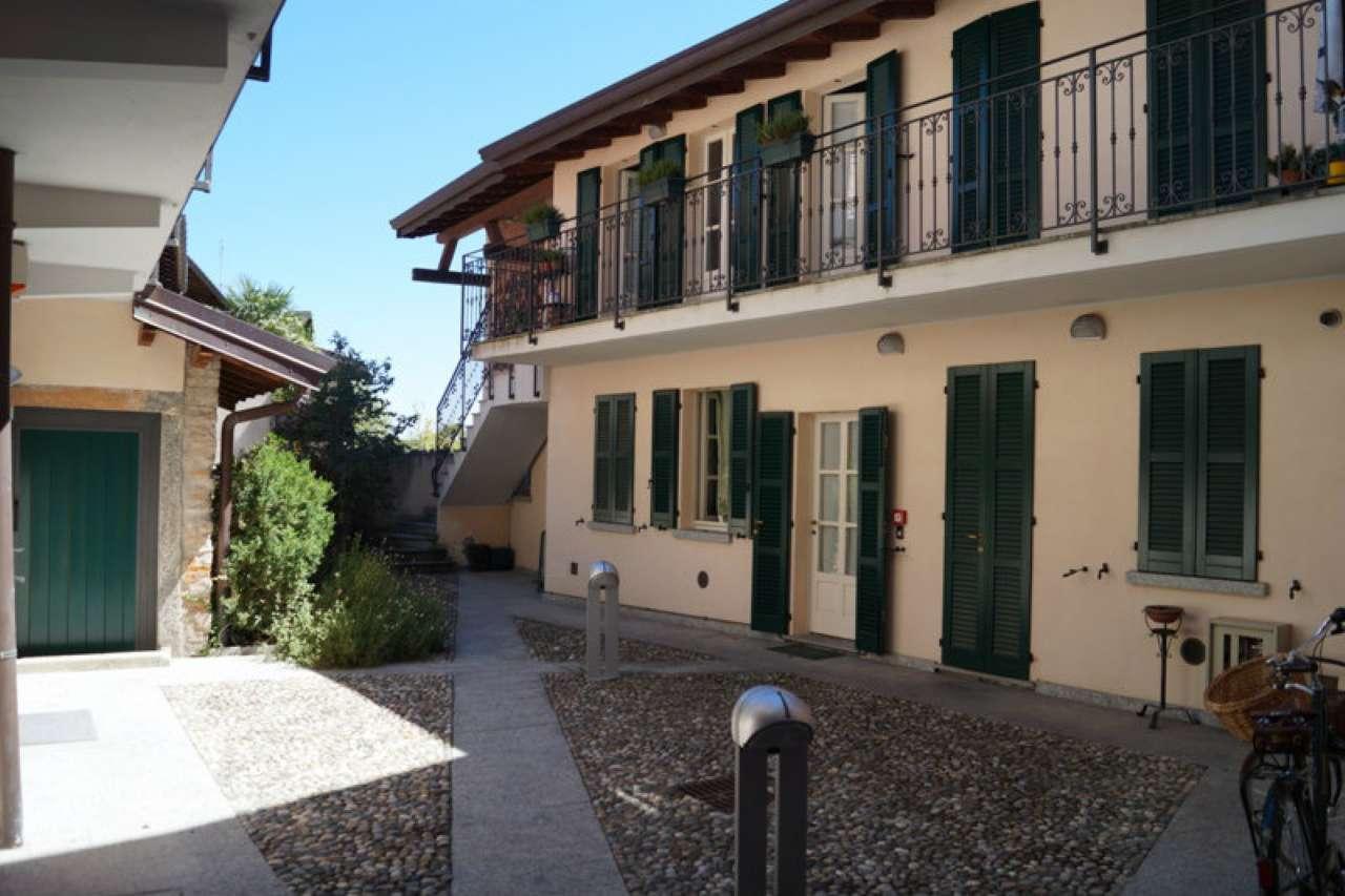 Appartamento in vendita a Ternate, 2 locali, prezzo € 90.000 | CambioCasa.it