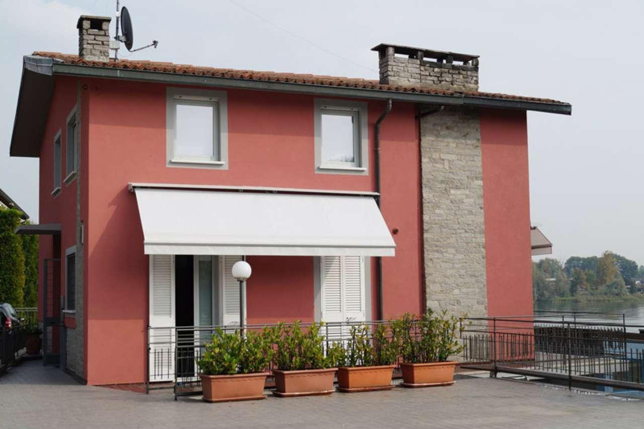 Villa in affitto a Sesto Calende, 4 locali, prezzo € 1.950 | CambioCasa.it