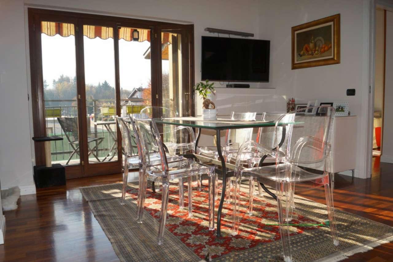 Appartamento in affitto a Taino, 3 locali, prezzo € 650 | CambioCasa.it