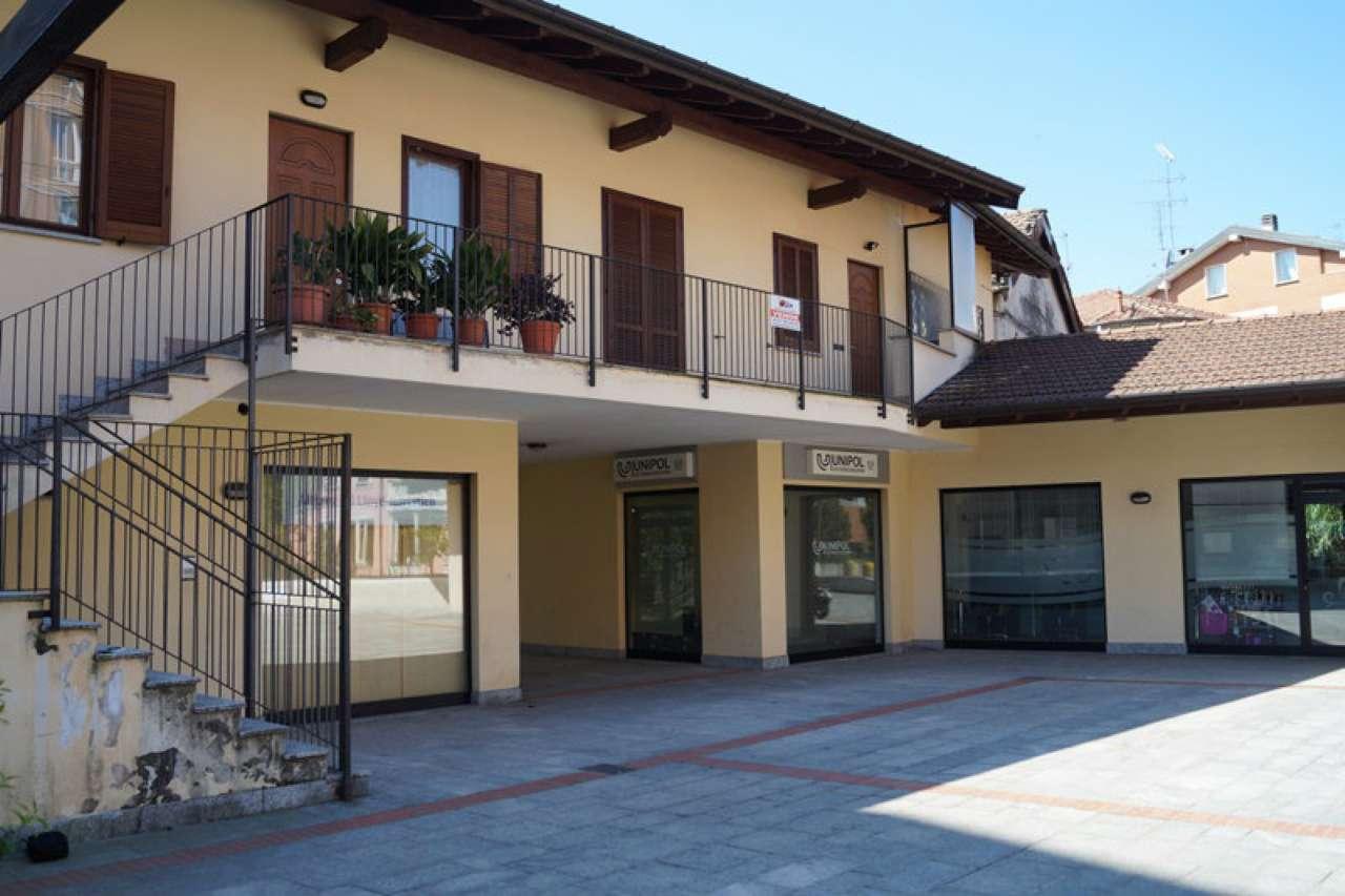 Appartamento in affitto a Sesto Calende, 3 locali, prezzo € 700   CambioCasa.it