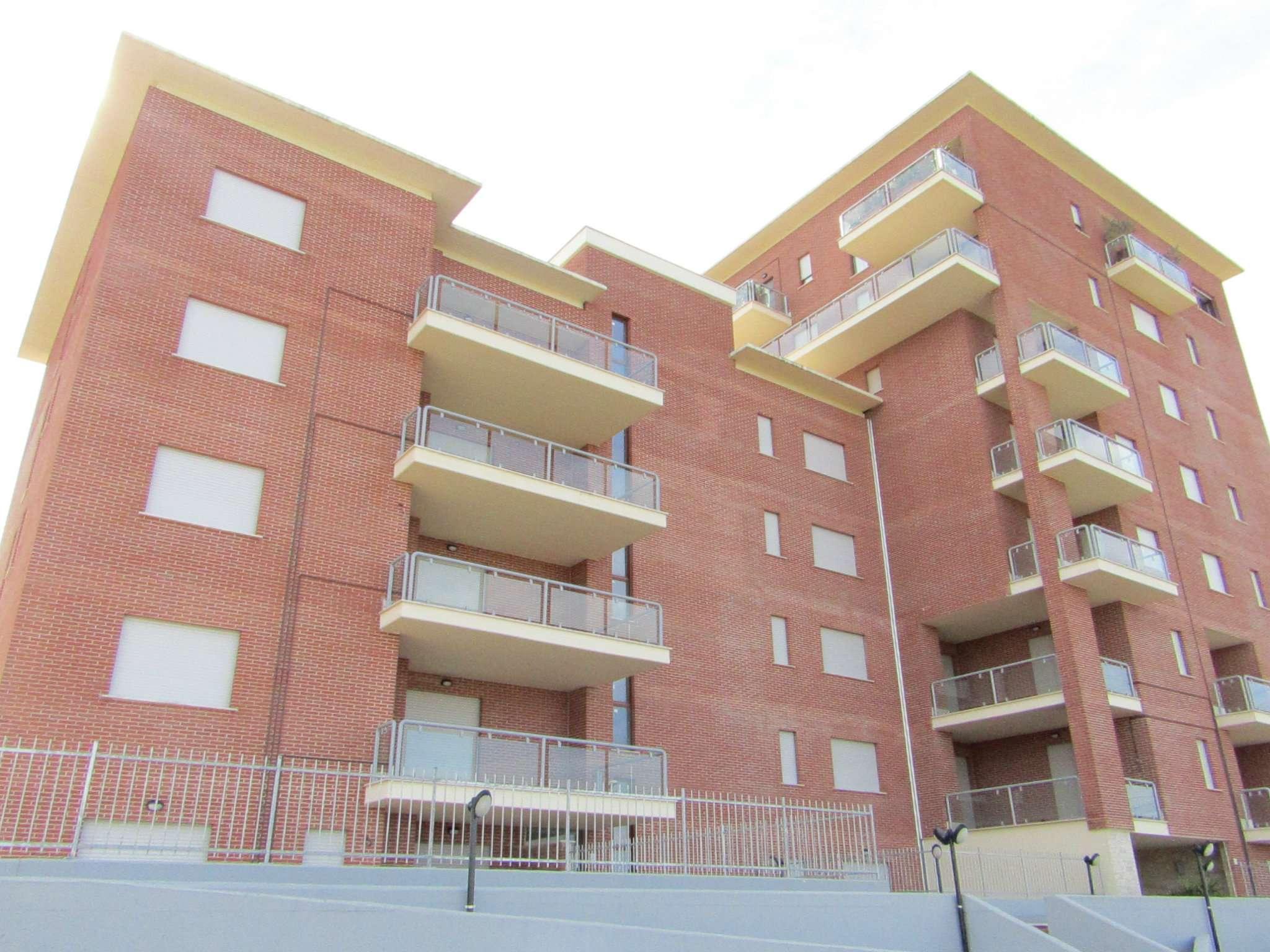 Bilocale vendita roma zona settecamini case rosse for Planimetrie della mini casa