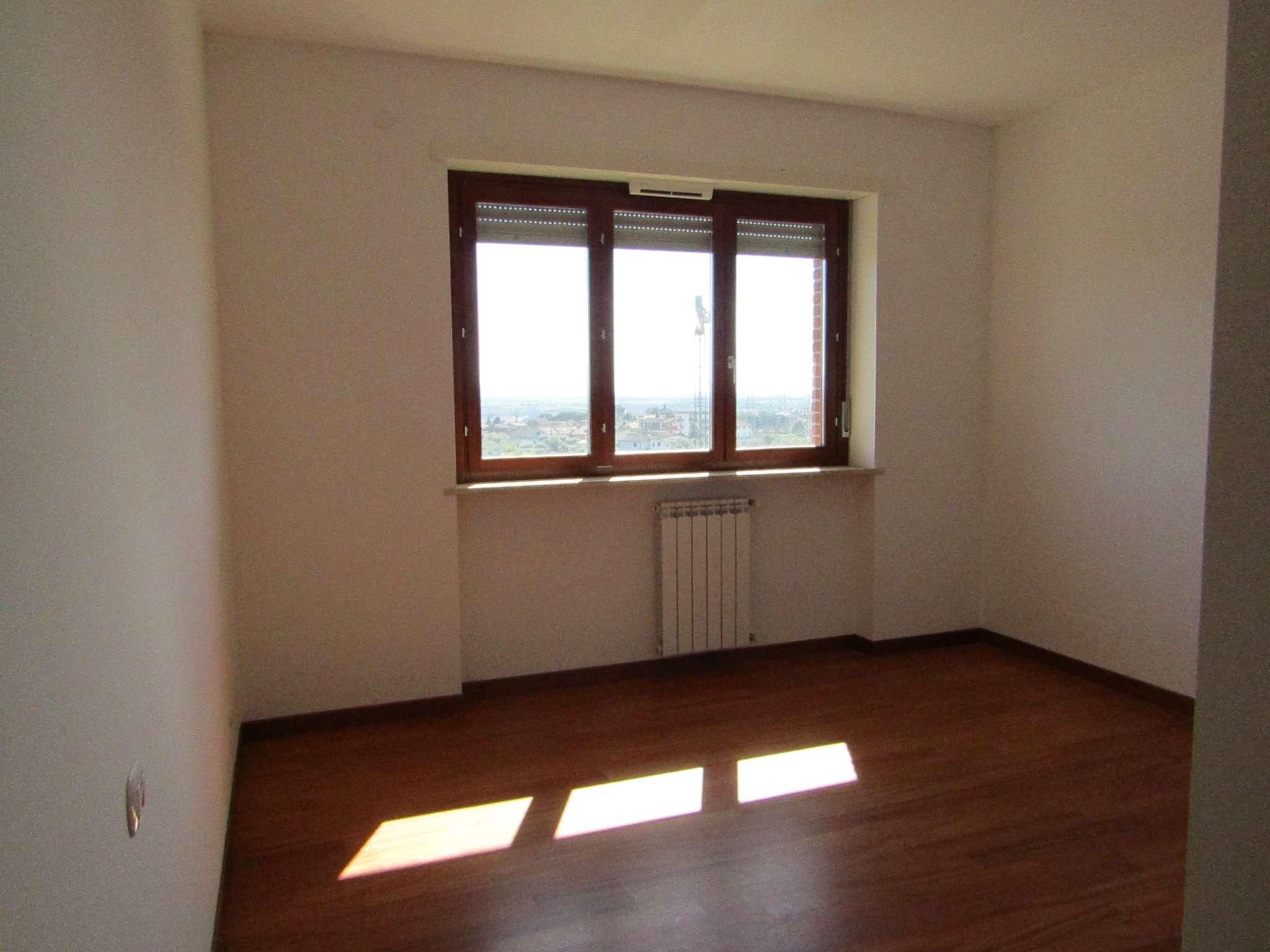 Bilocale vendita roma zona settecamini case rosse - Bagno senza finestra odori ...