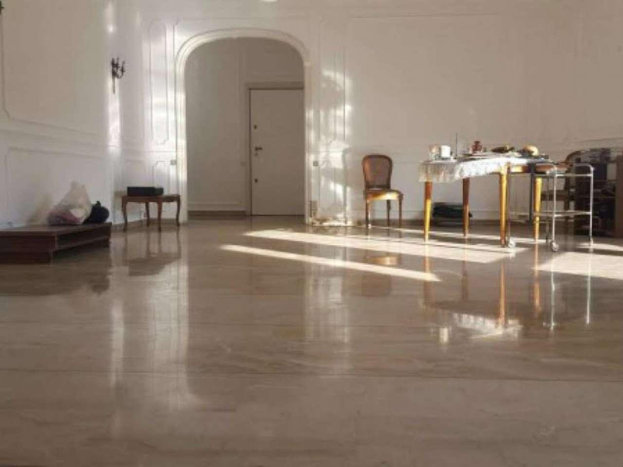 Appartamento in vendita a Milano, 4 locali, zona Zona: 4 . Buenos Aires, Indipendenza, P.ta Venezia, Regina Giovanna, Dateo, prezzo € 890.000 | Cambio Casa.it