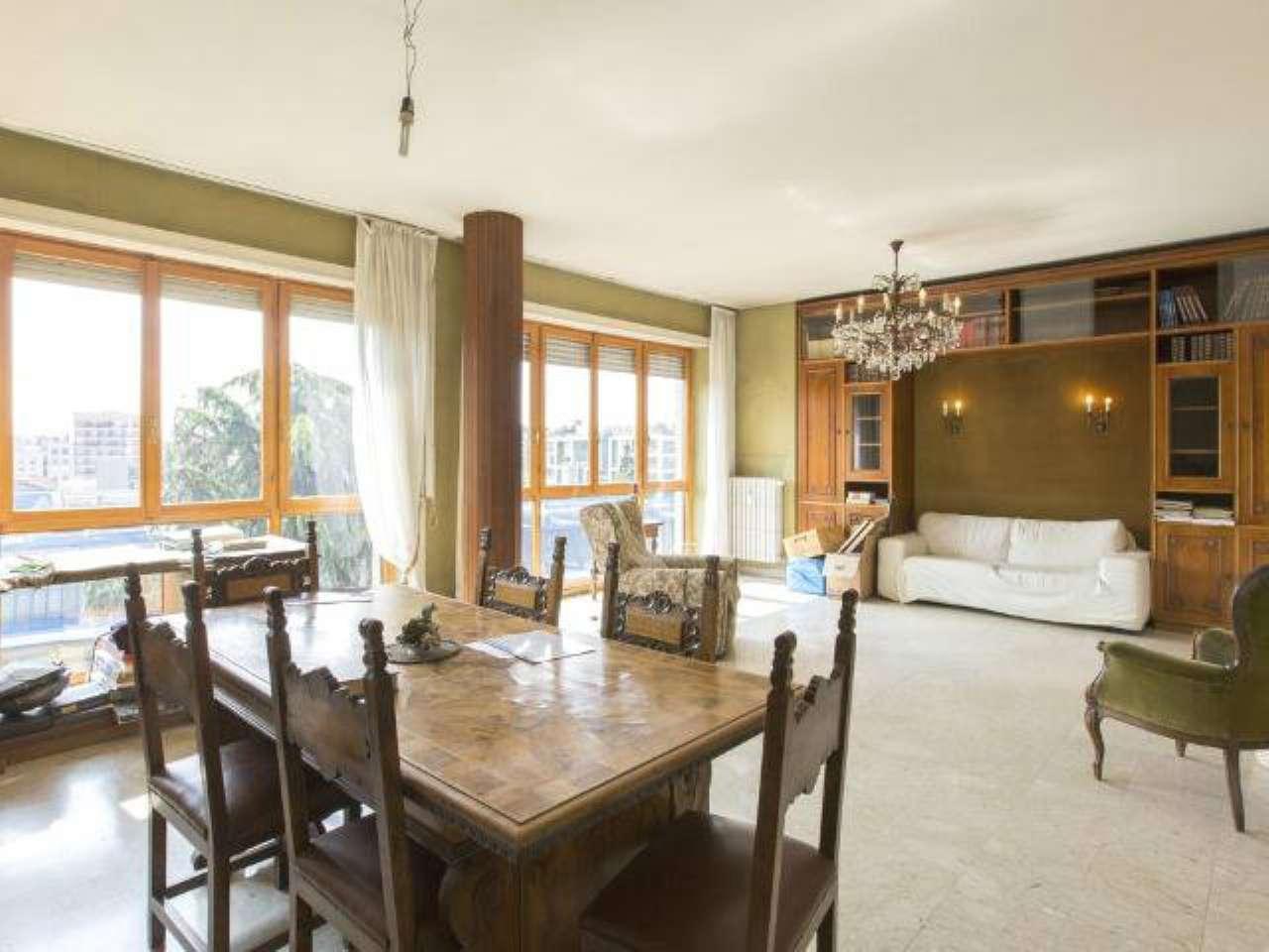 Appartamento in vendita a Milano, 5 locali, zona Zona: 10 . P.ta Genova, Romolo, Solari, Savona, Tortona, prezzo € 850.000 | Cambio Casa.it