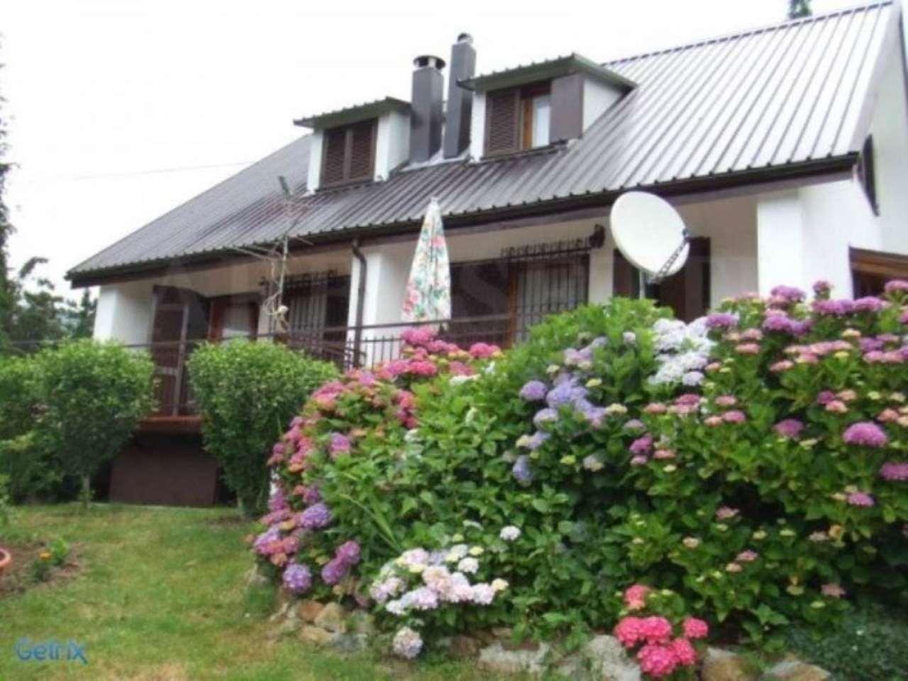 Villa in vendita a Rocchetta di Vara, 6 locali, prezzo € 125.000 | CambioCasa.it