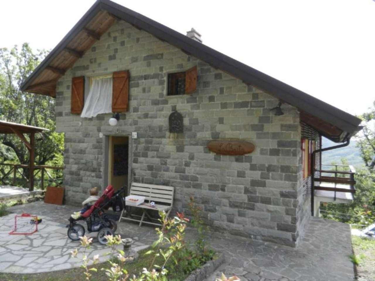 Villa in vendita a Varese Ligure, 4 locali, prezzo € 105.000 | Cambio Casa.it