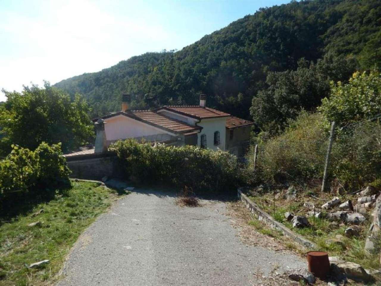 Villa in vendita a Sestri Levante, 6 locali, prezzo € 400.000   Cambio Casa.it
