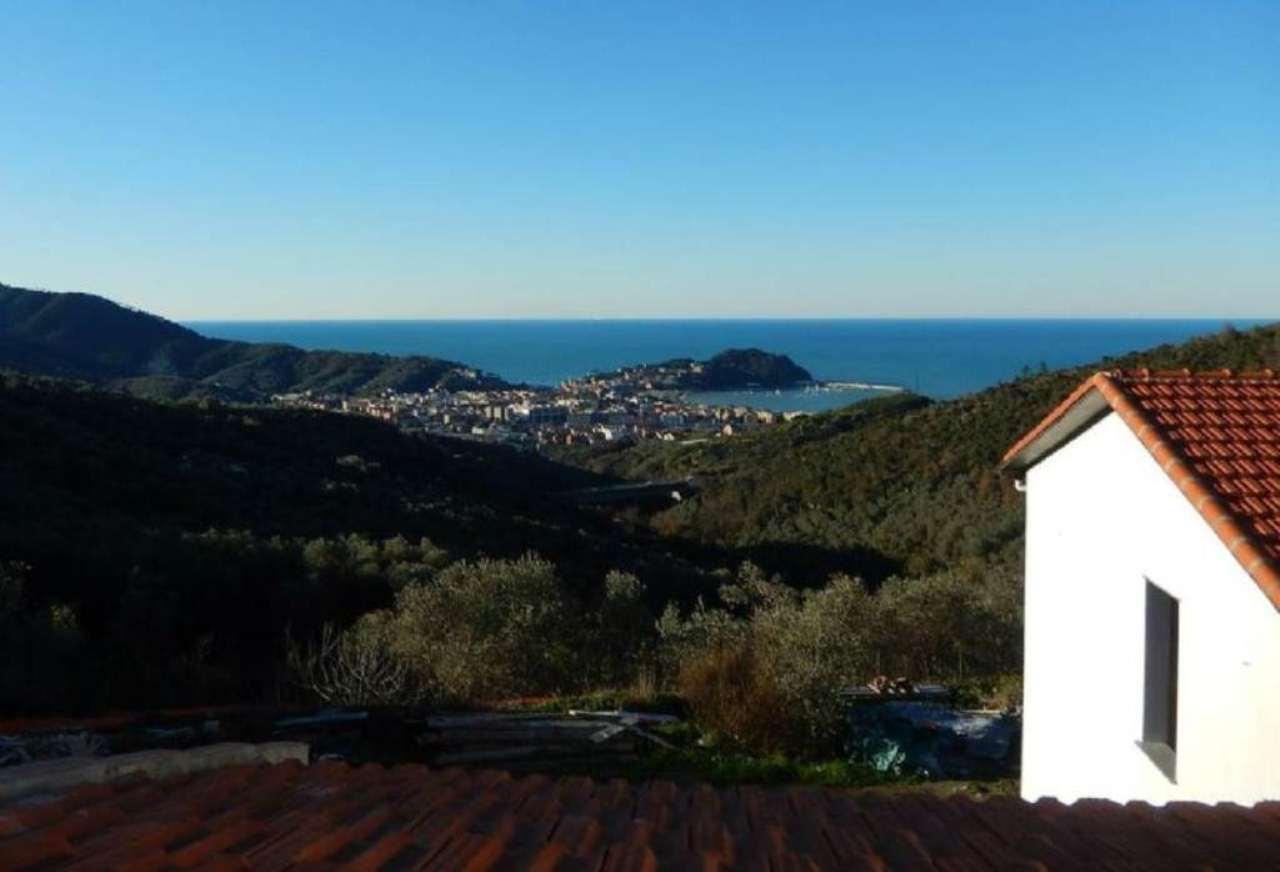 Villa in vendita a Sestri Levante, 10 locali, Trattative riservate | Cambio Casa.it