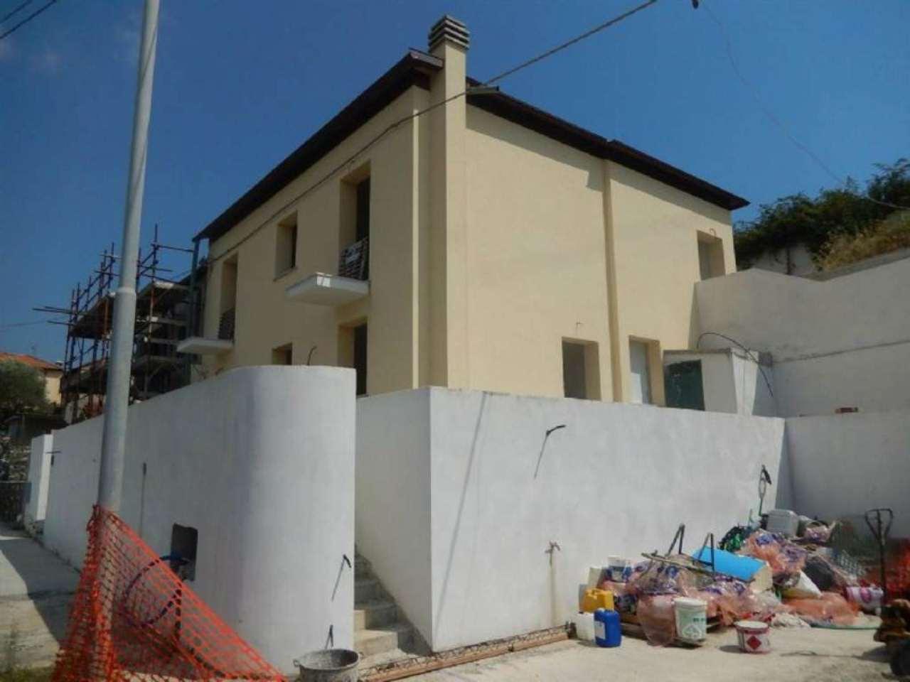 Villa a Schiera in Vendita a Sestri Levante