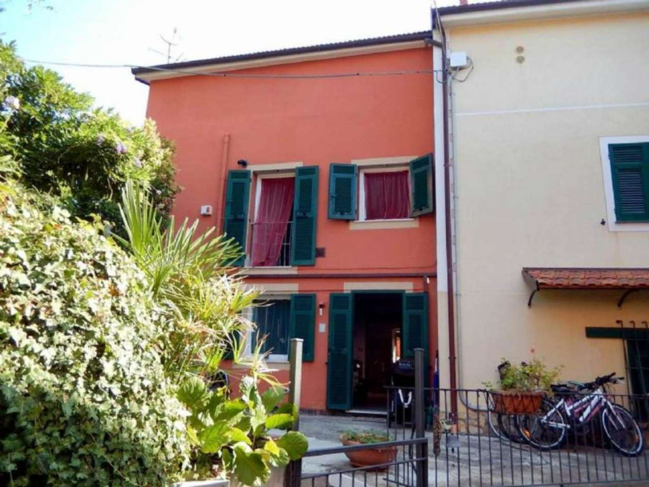 Appartamento in Vendita a Casarza Ligure