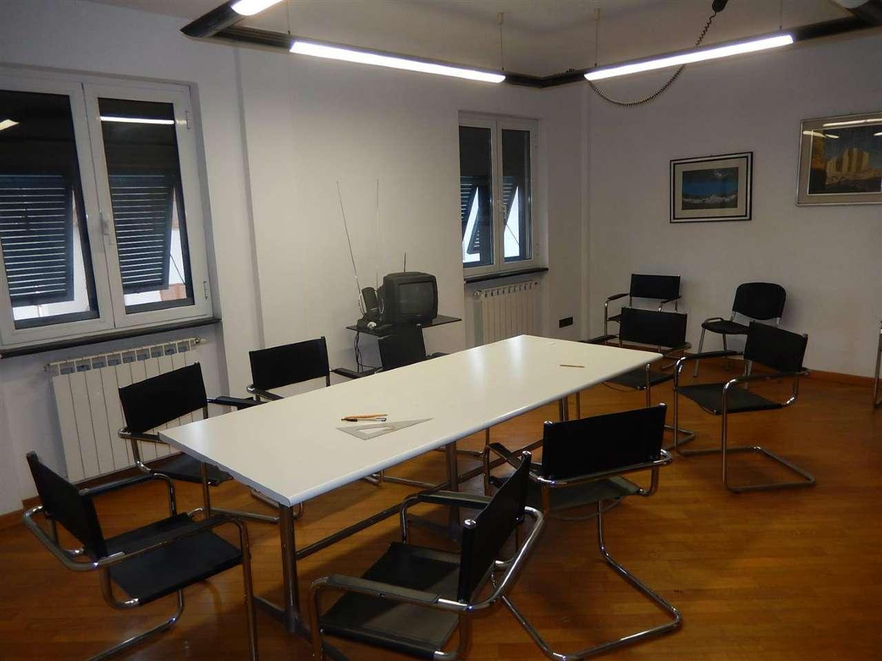 Appartamento in vendita a Sestri Levante, 4 locali, prezzo € 265.000 | Cambio Casa.it