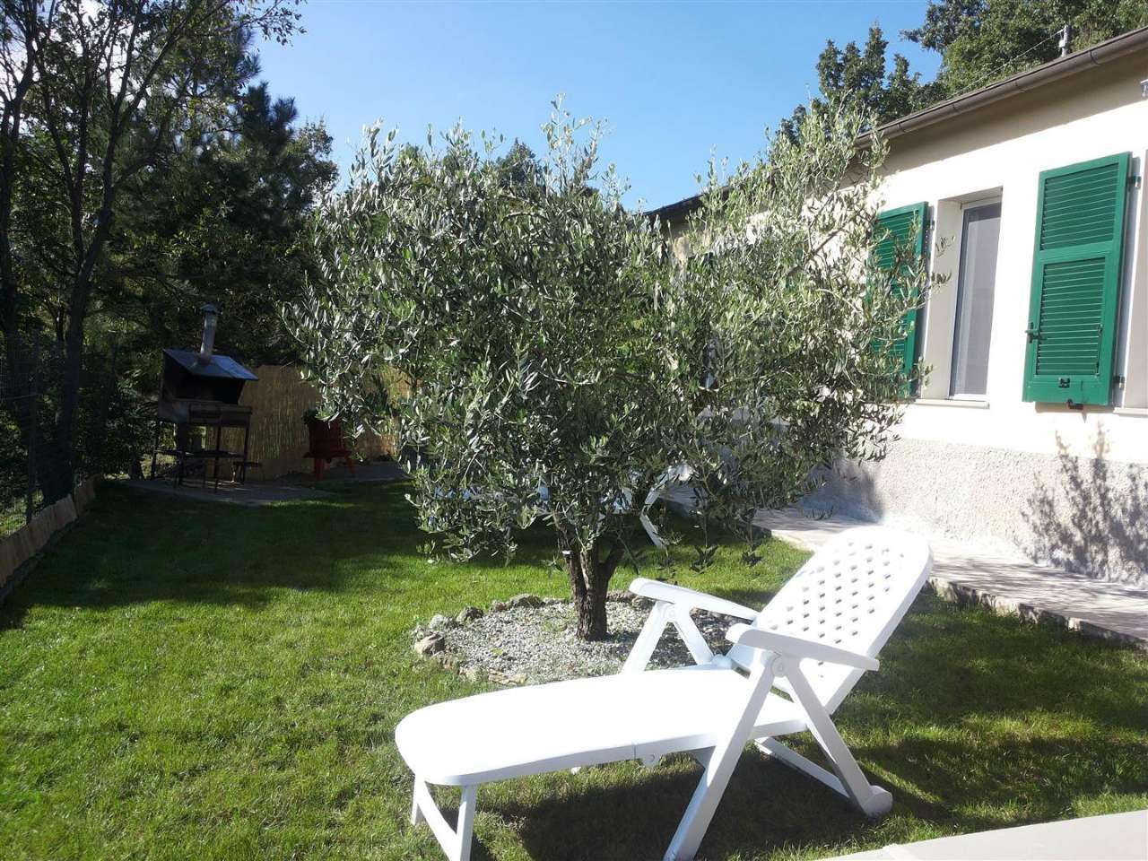 Villa in vendita a Maissana, 6 locali, prezzo € 268.000 | CambioCasa.it