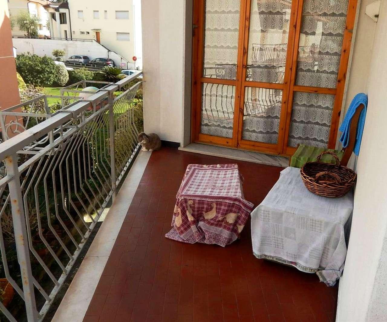Appartamento in vendita a Casarza Ligure, 4 locali, prezzo € 155.000 | CambioCasa.it