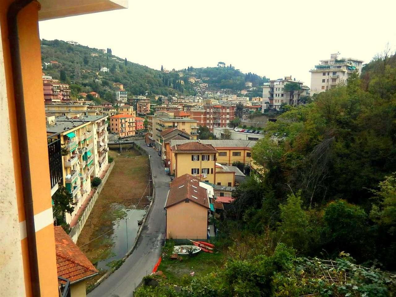 Appartamento in vendita a Rapallo, 5 locali, prezzo € 199.000 | CambioCasa.it